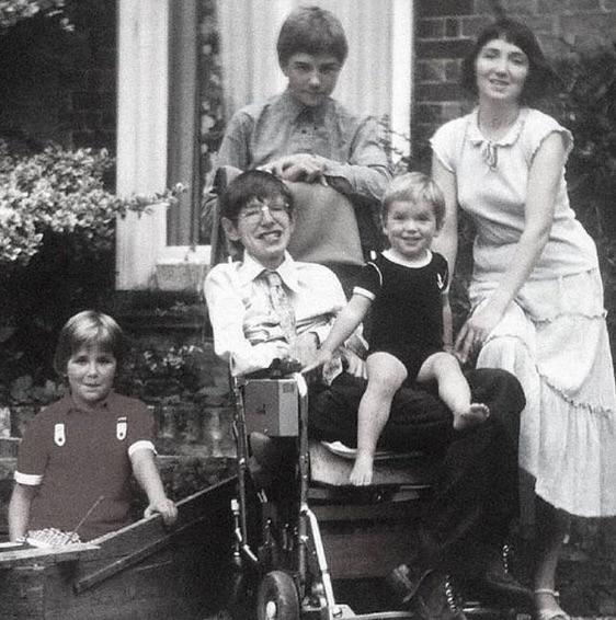 L'essentiel pour Peter Hawking