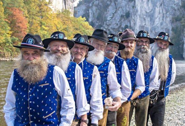 """Championnat d'Europe """"Barbes et Moustaches"""""""